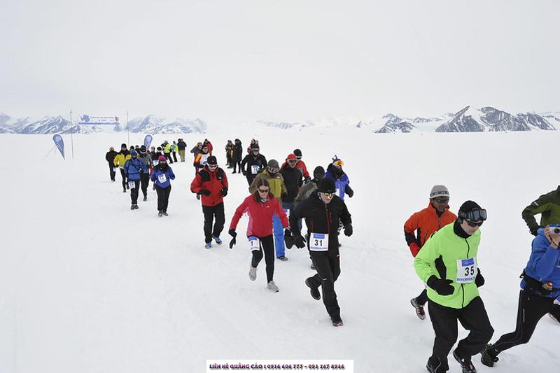 Hoặc nếu muốn di chuyển theo cách ngầu hơn, bạn có thể ghi danh vào 2 đường chạyMarathon Nam Cực Băng giáhay100K Ultra Race- đều được tổ chức hàng năm.