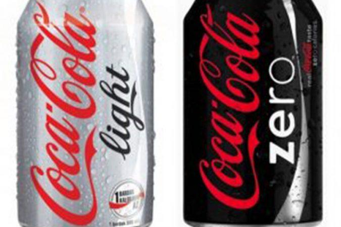 Tại sao coca lại có tác dụng thông tắc bồn cầu.